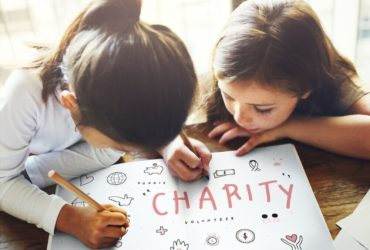 5 Ways to Encourage your children for Charity